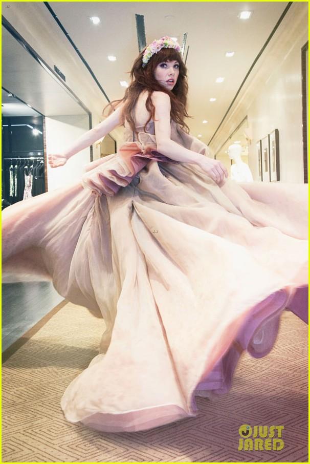 carly rae jepsen dons wedding dress for cinderella curtain call 063047797
