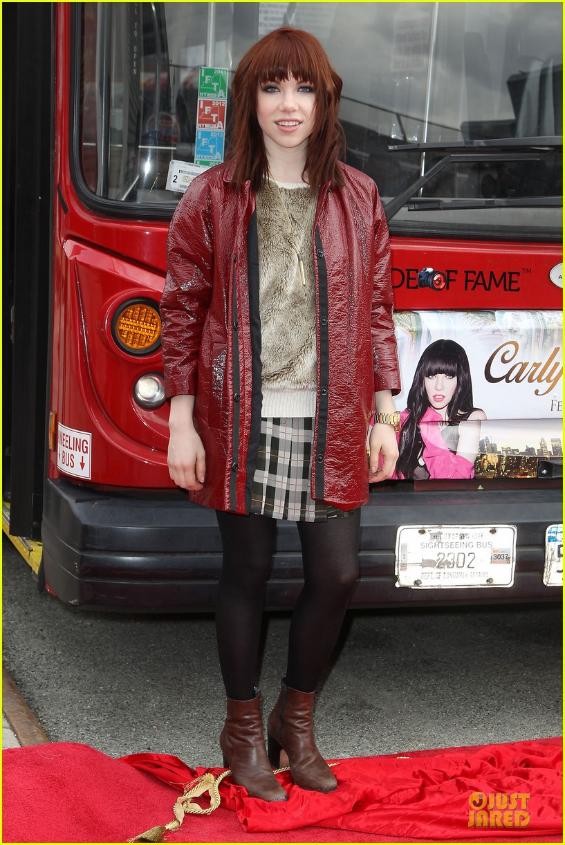 carly rae jepsen honoree at gray line ride of fame event 013060490