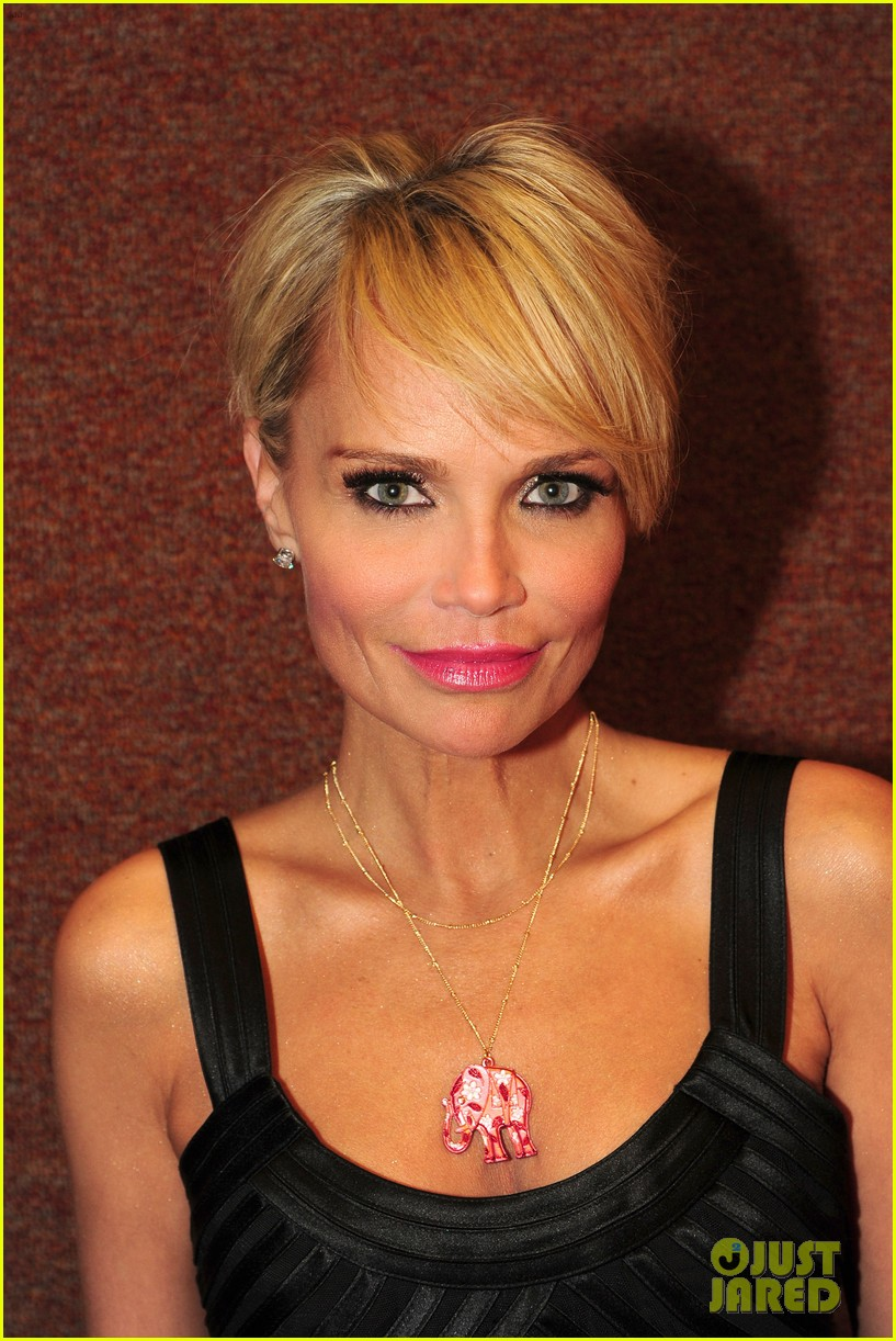kristin chenoweth i will tour in the uk soon 103061168