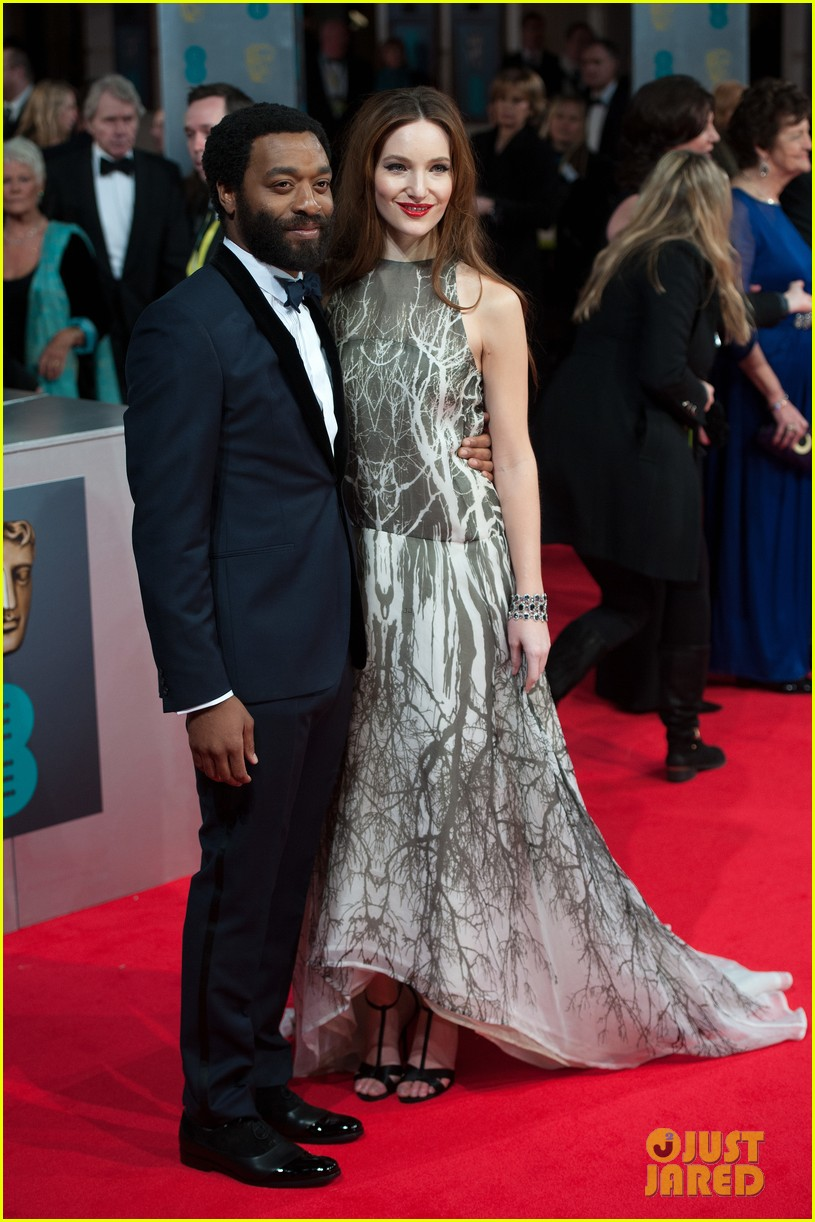 12 years a slave star chiwetel ejiofor wins best actor baftas 2014 053054604