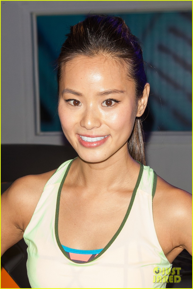 jamie chung flexes her muscles while testing reebok shoes 043048172