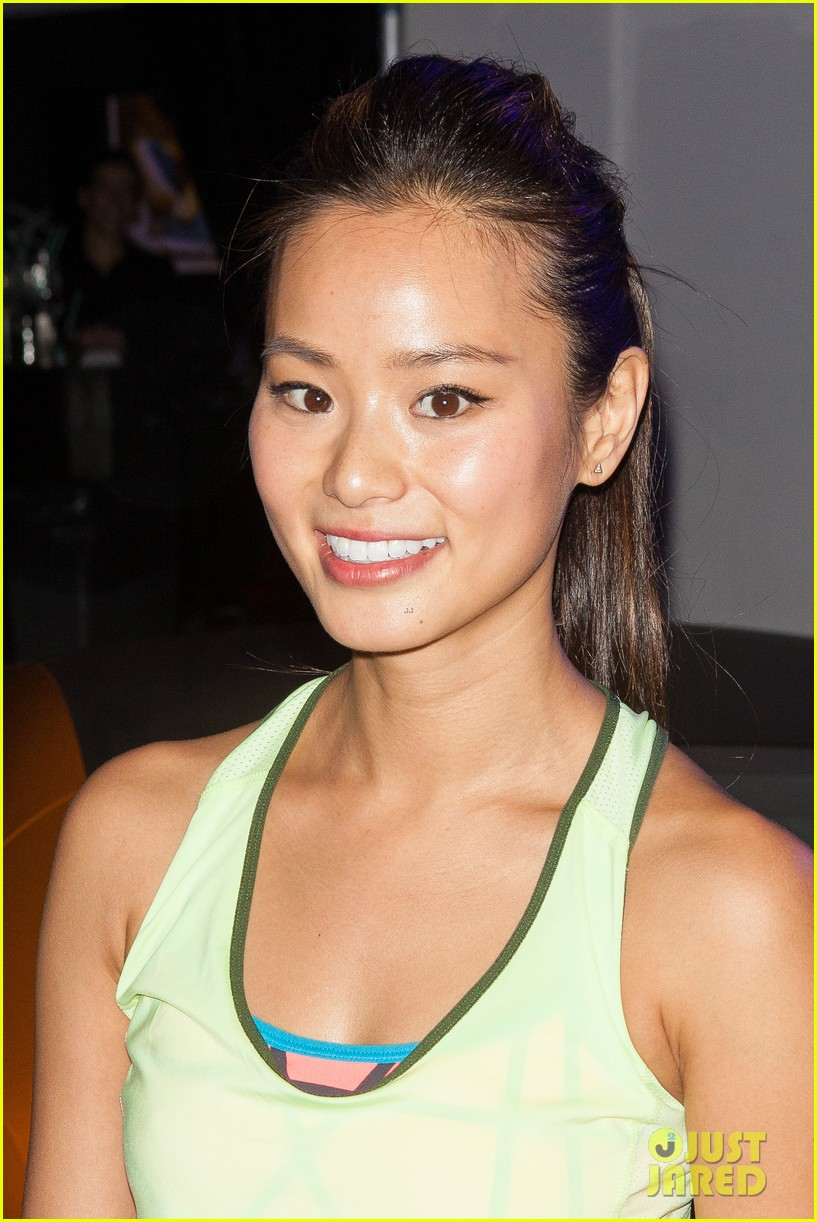 jamie chung flexes her muscles while testing reebok shoes 113048179