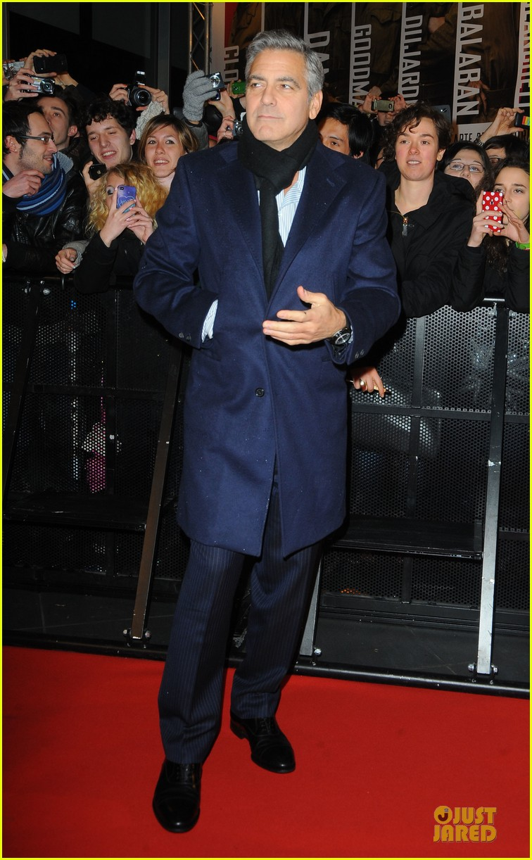 george clooney matt damon monuments men milan premiere 083050870