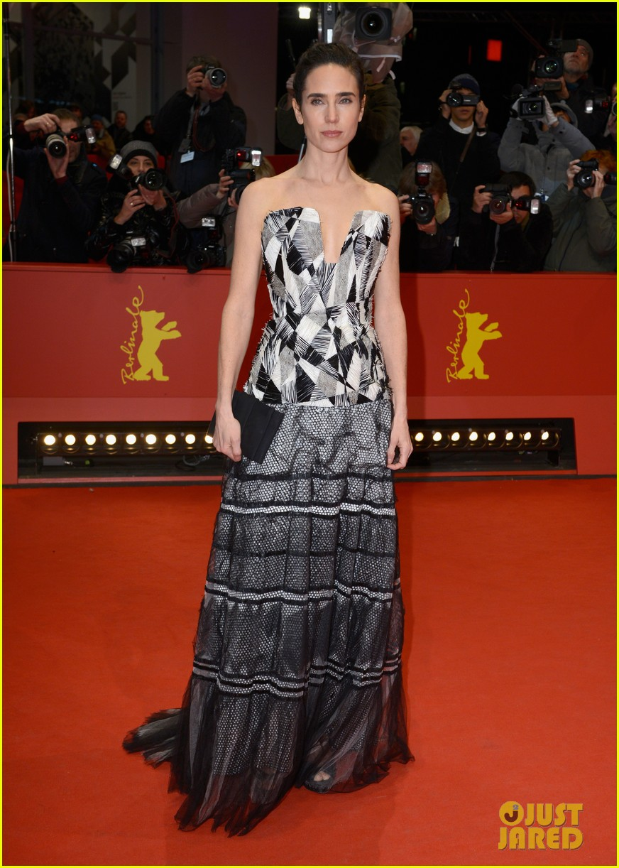 jennifer connelly brings her beauty to aloft berlin premiere 013052113