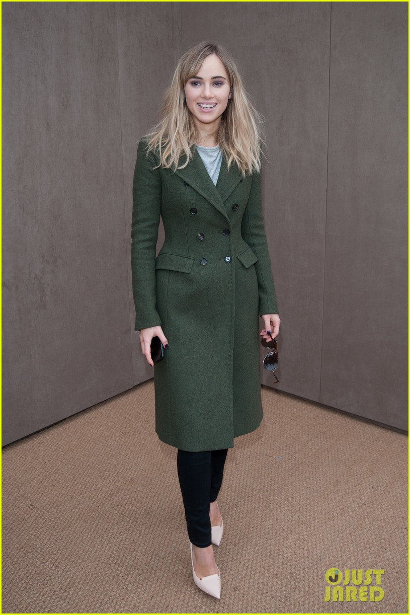 bradley cooper supports girlfriend suki waterhouse at burberry prorsum show 10