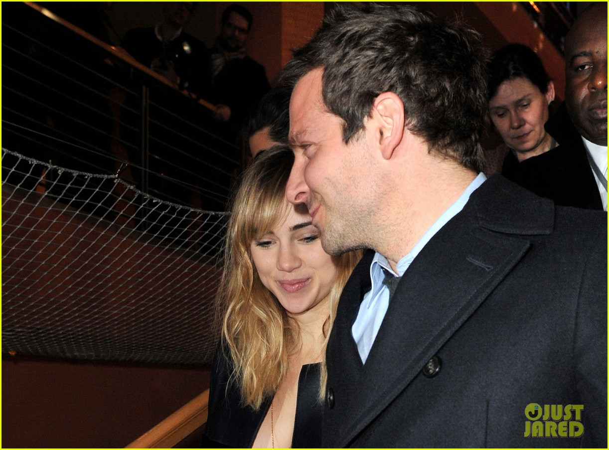 bradley cooper suki waterhouse exit through backdoor at berlin film festival 013049061