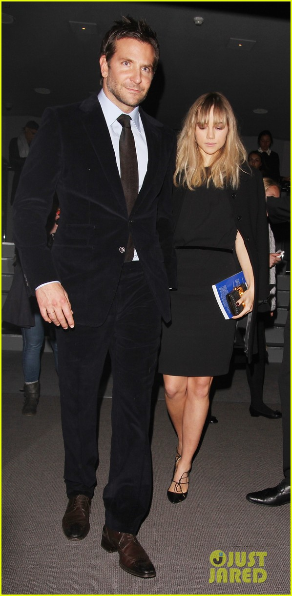 bradley cooper suki waterhouse tom ford fashion show 06