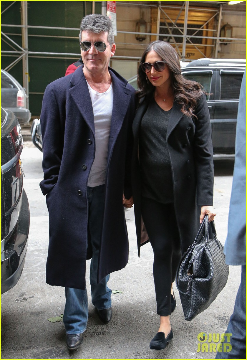 simon cowell lauren silverman leave hospital with baby eric 093054733