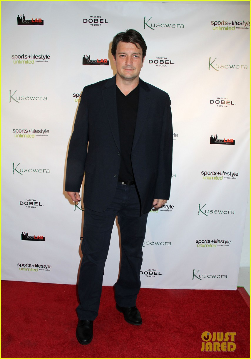 courteney cox nathan fillion kusewera party pair 033059300