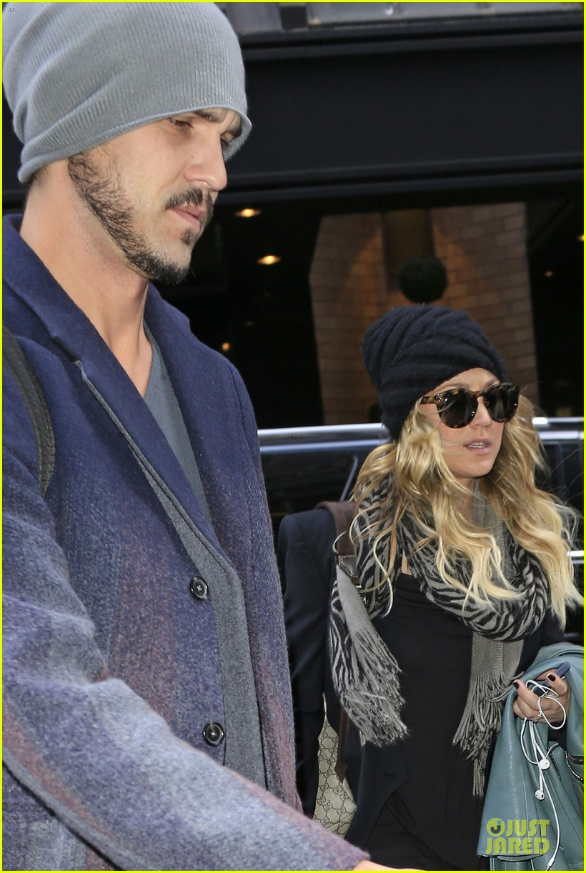 kaley cuoco ryan sweeting we couldnt be happier 02