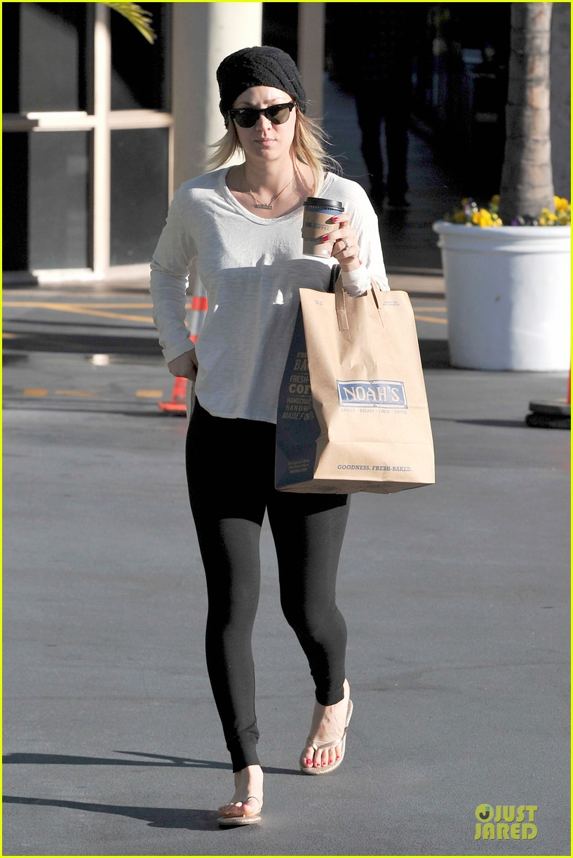 kaley cuoco gets perfect valentines day ever with ryan sweeting 083053761