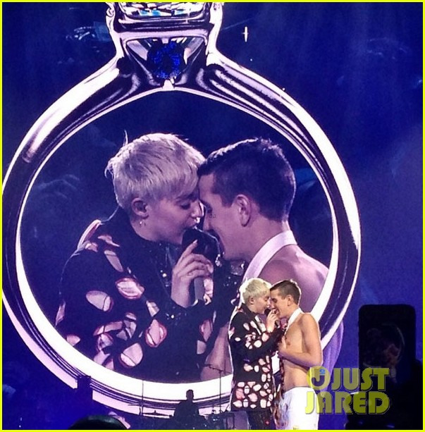 miley cyrus sings adore you to prom date matt peterson 023062404