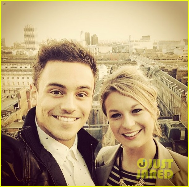 tom daley steps out with his dustin lance black phone case 023061985