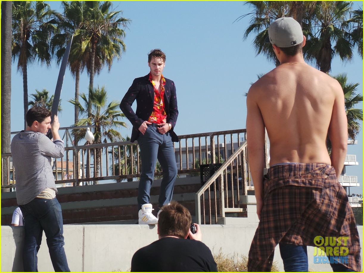 grey damon jj spotlight of the week behind the scenes pics 043047458