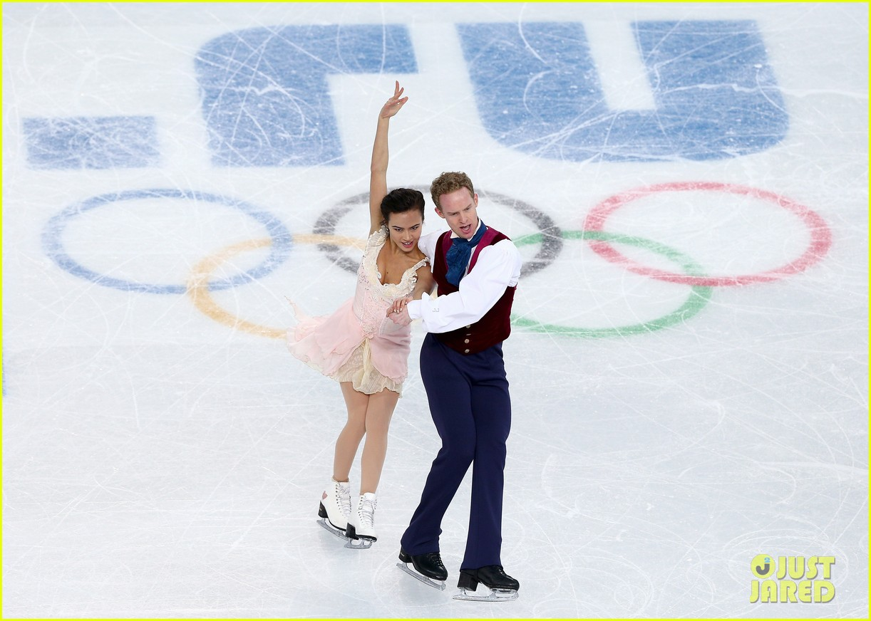 meryl davis charlie white win gold in ice dancing 06