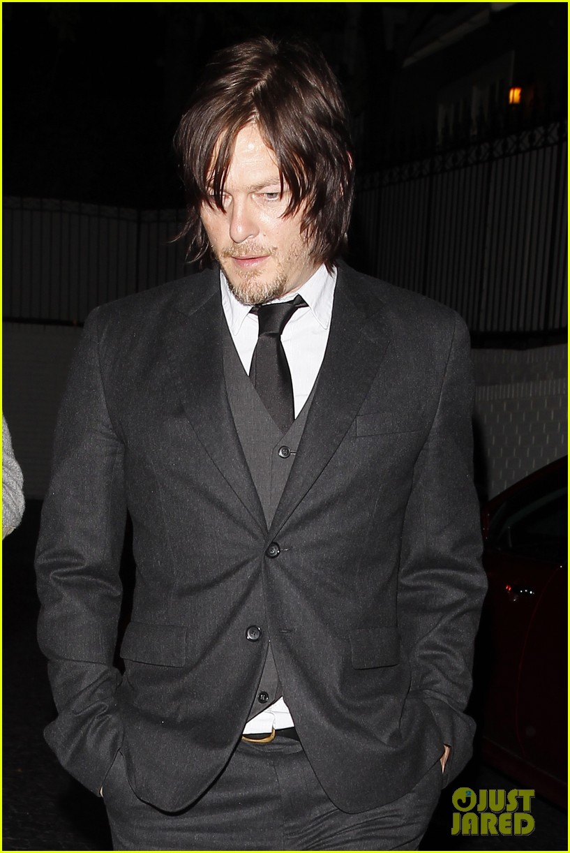norman reedus steps out with castmates before walking dead premiere 033050108