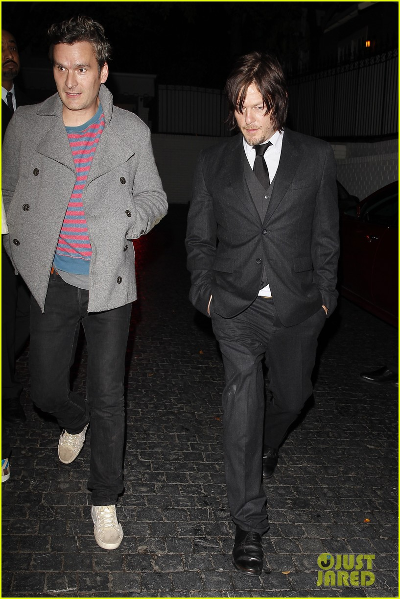 norman reedus steps out with castmates before walking dead premiere 15