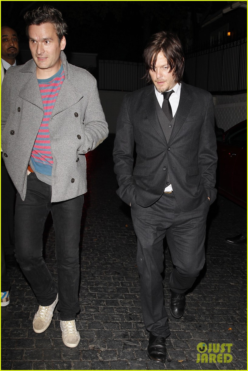 norman reedus steps out with castmates before walking dead premiere 173050122