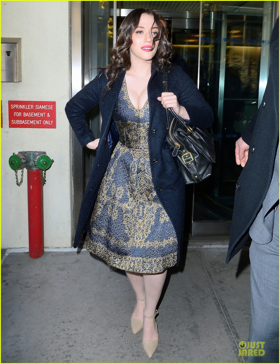 kat dennings bares cleavage for 2 broke girls promo tour 053060634