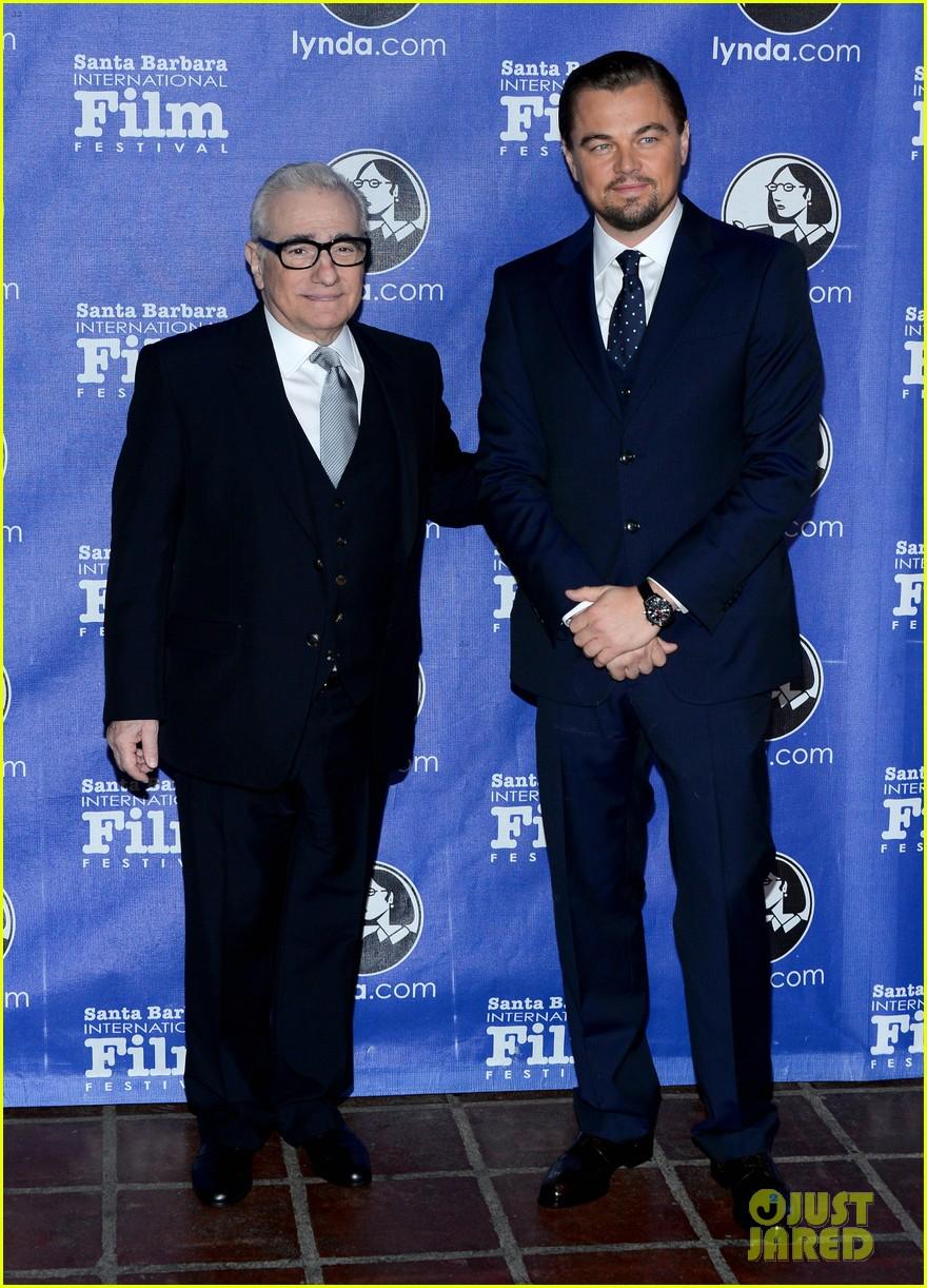 leonardo dicaprio suits up to receive cinema vanguard award 083048980
