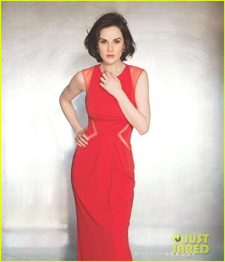 michelle dockery wears sexy white dress for manhattan magazine 033062444