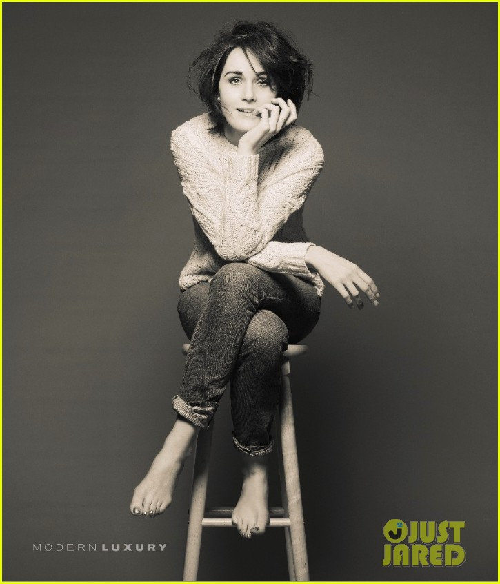 michelle dockery wears sexy white dress for manhattan magazine 053062446