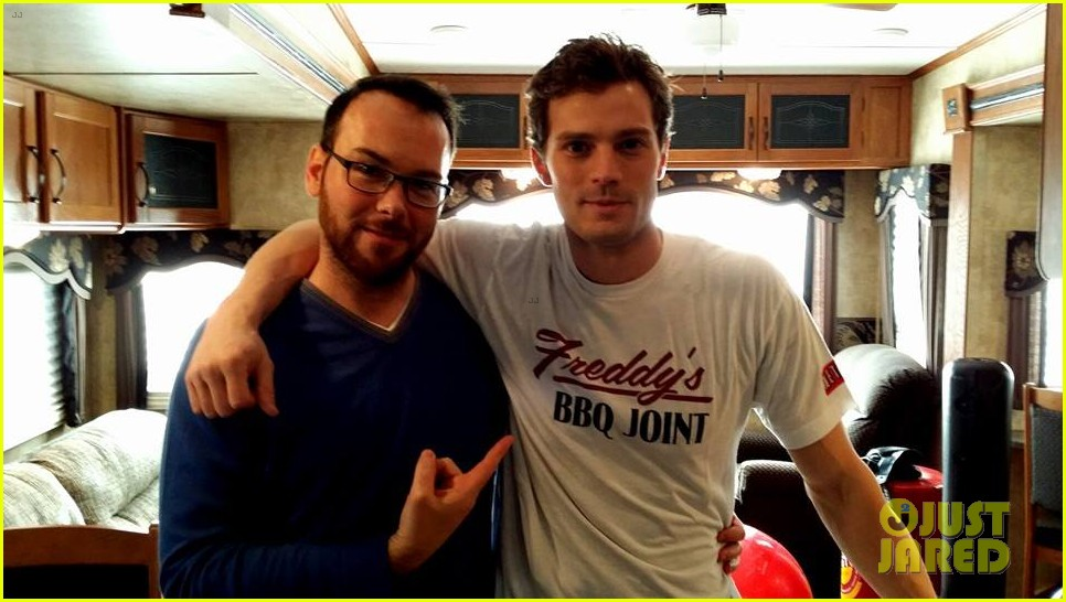 jamie dornan fifty shades meets house of cards in new pic3057293
