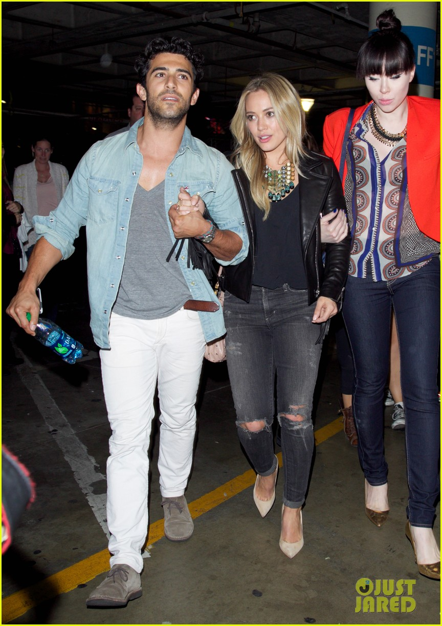 hilary duff nicole richie check out miley cyrus bangerz tour 11
