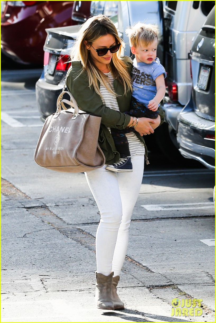 hilary duff beverly hills shopper with son luca 133057890