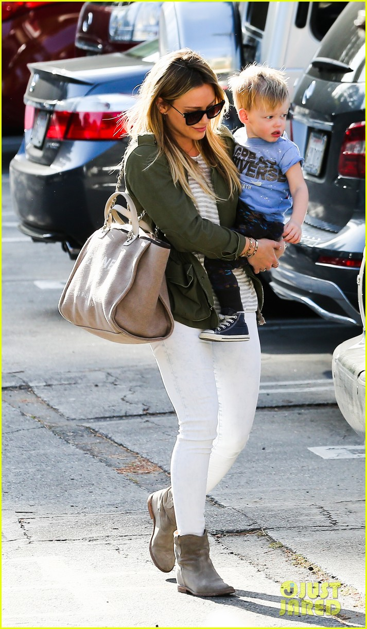 hilary duff beverly hills shopper with son luca 173057894