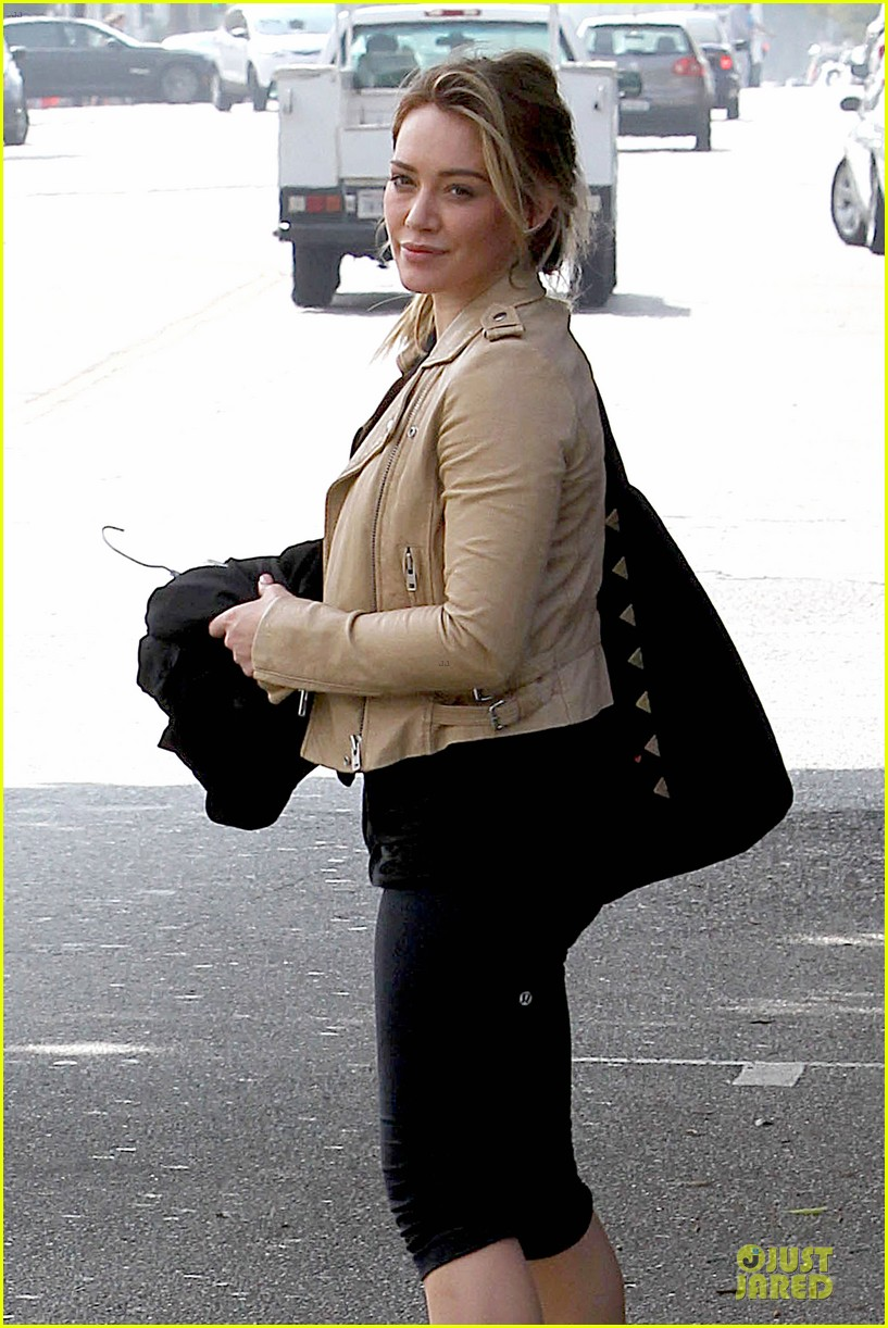 hilary duff fitness first following nyc trip 023055941