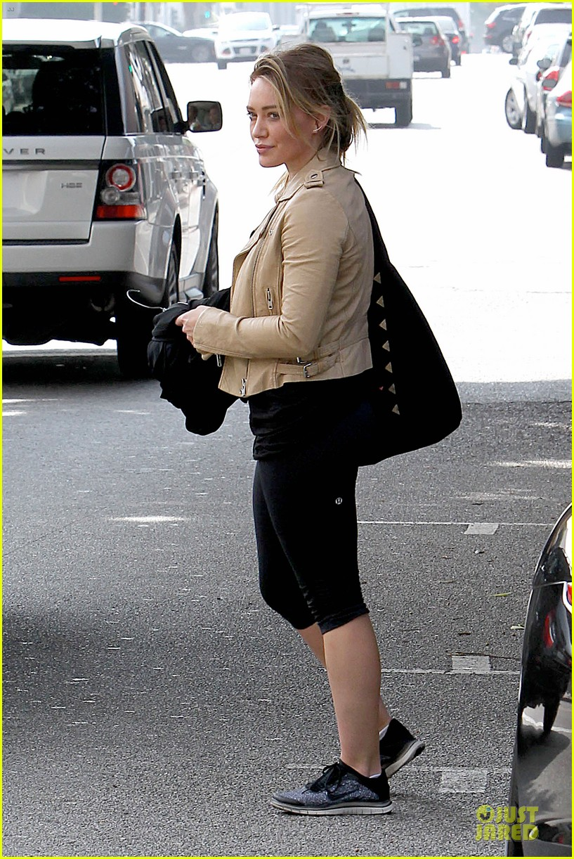 hilary duff fitness first following nyc trip 26
