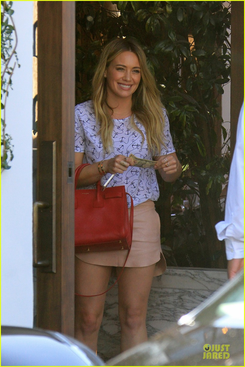 hilary duff groping allowed at cecconis 073058447