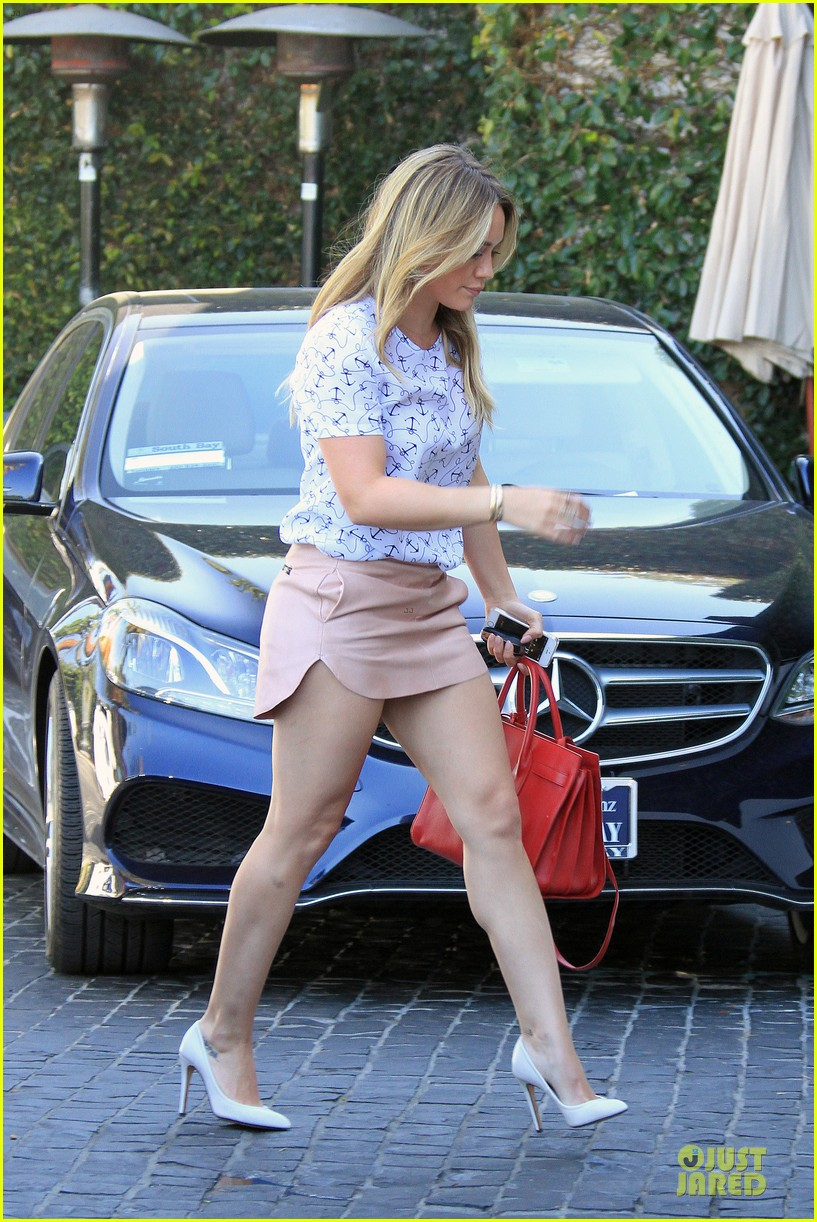 hilary duff groping allowed at cecconis 083058448