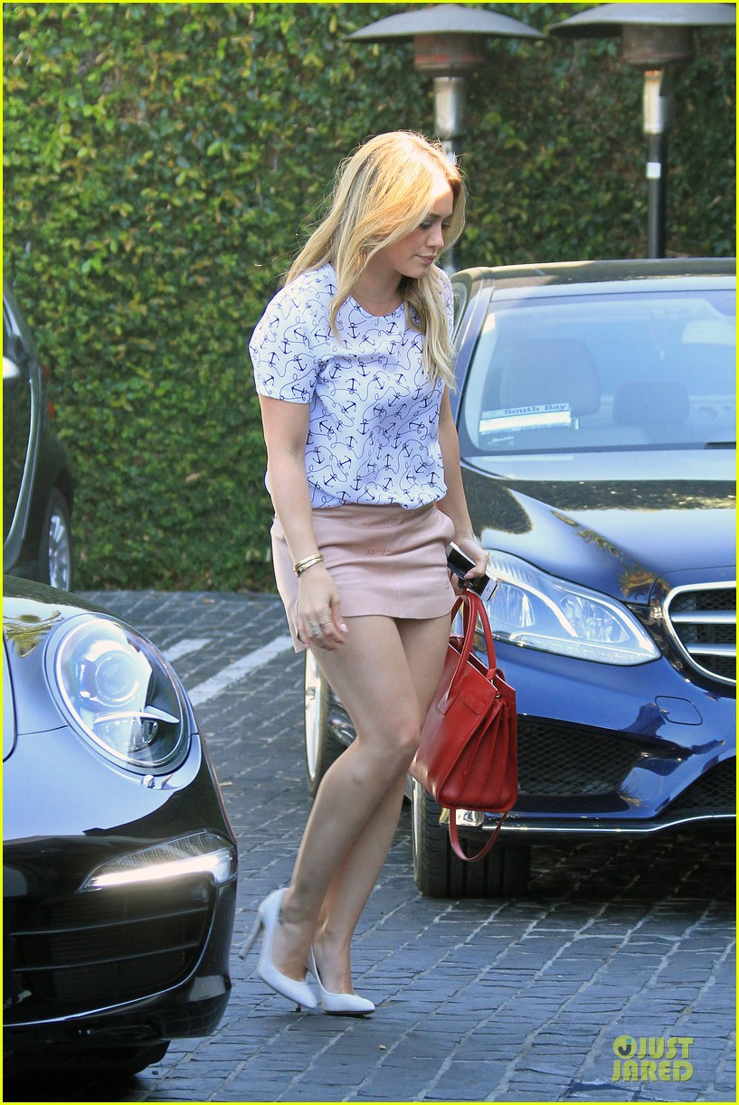 hilary duff groping allowed at cecconis 123058452