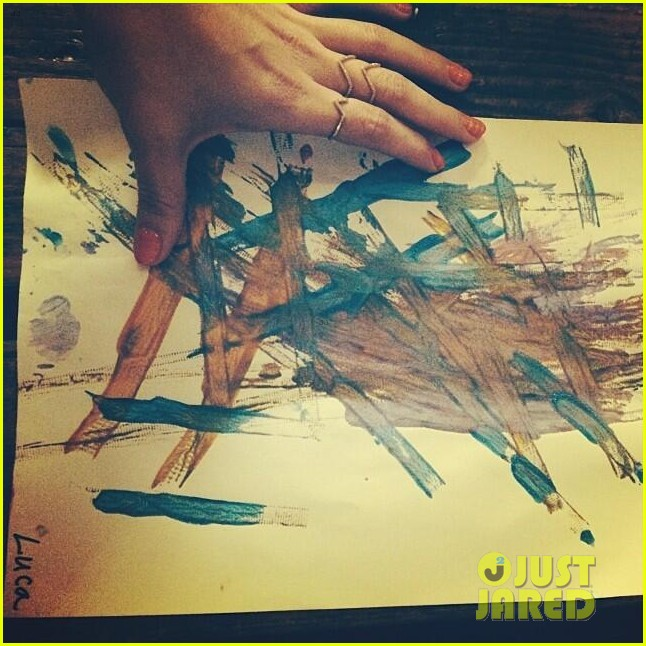hilary duff my son luca is basically picasso 033046925