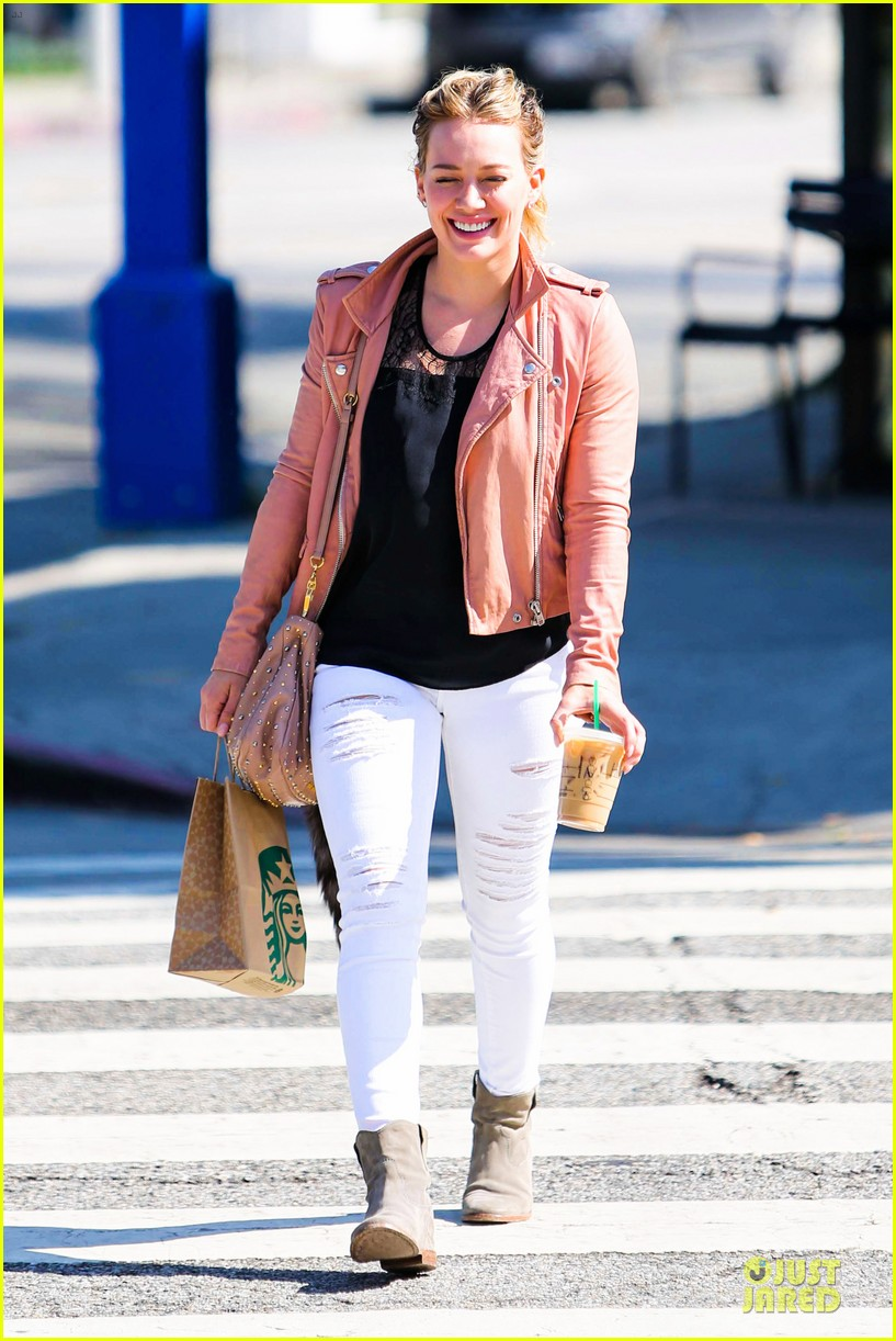 hilary duff rocks yellow for younger promo shoot 033060537