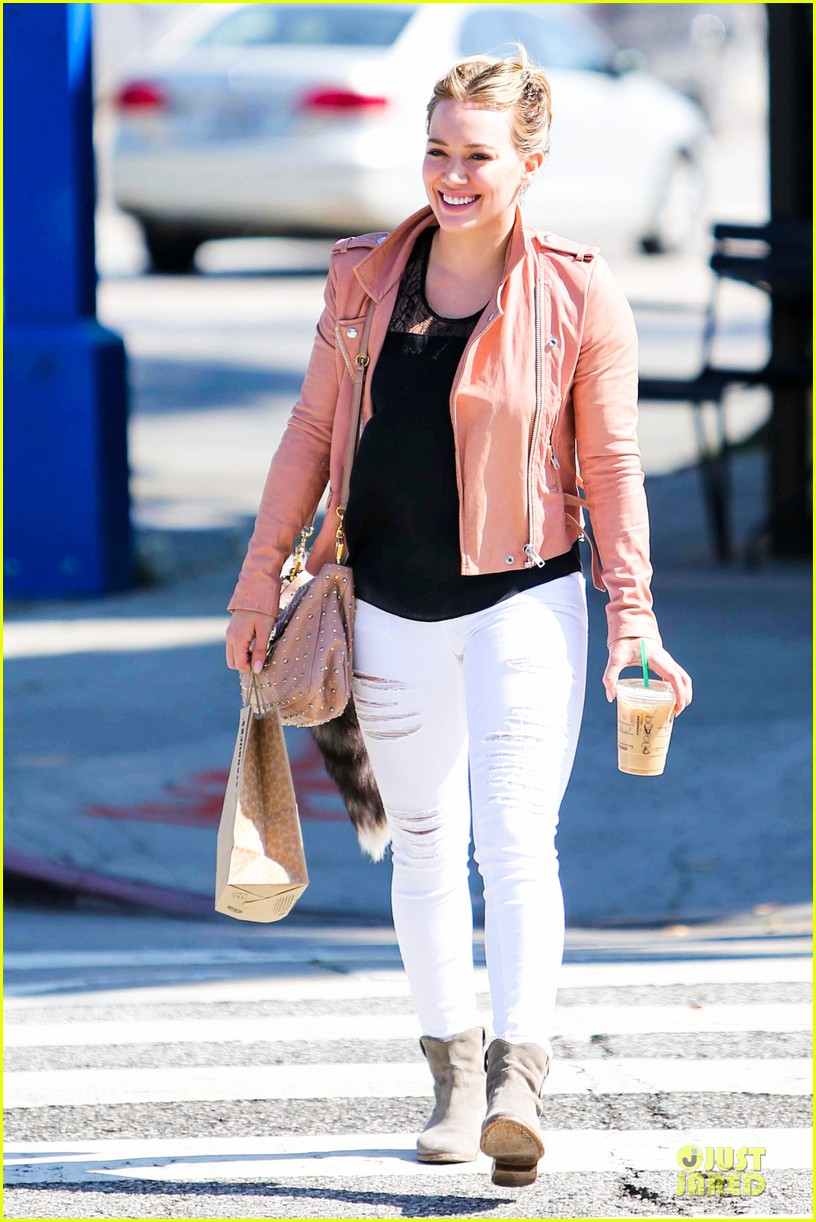 hilary duff rocks yellow for younger promo shoot 073060541