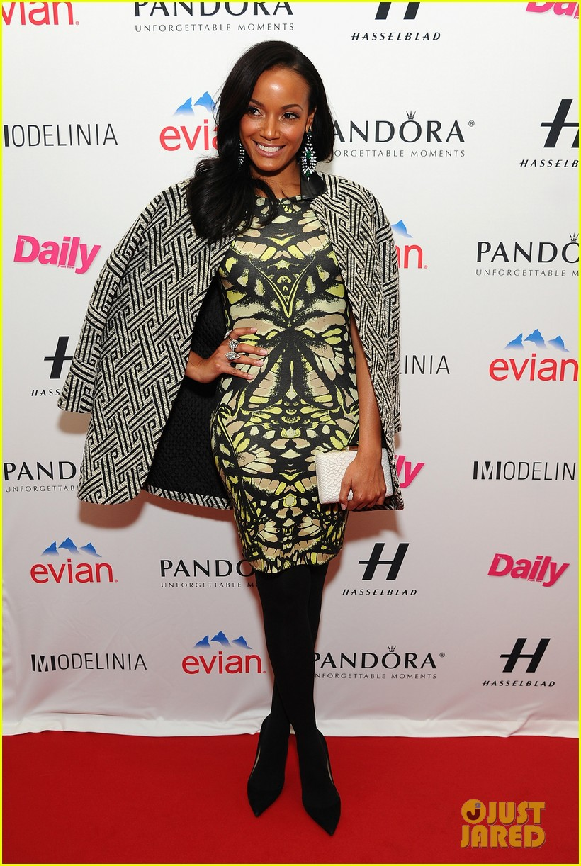 selita ebanks jessica hart models issue party at nyfw 013049600