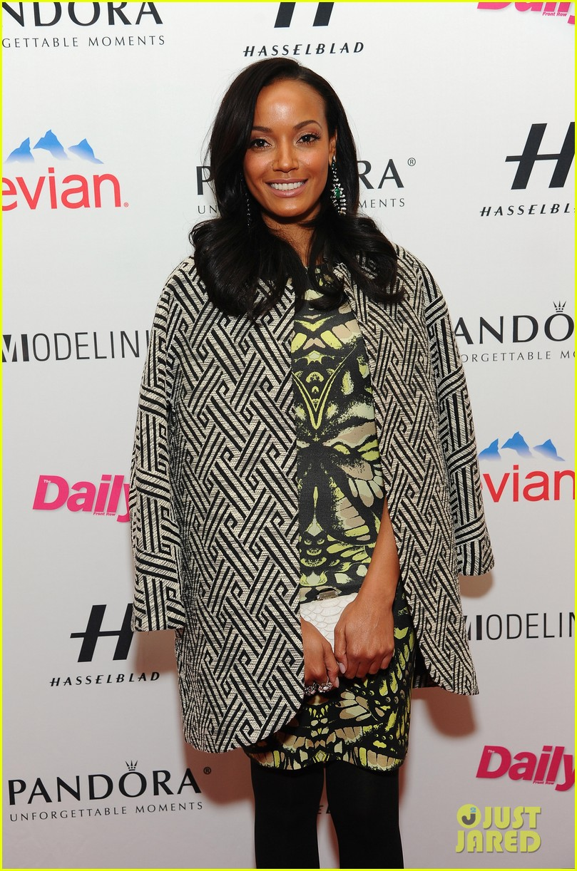 selita ebanks jessica hart models issue party at nyfw 04
