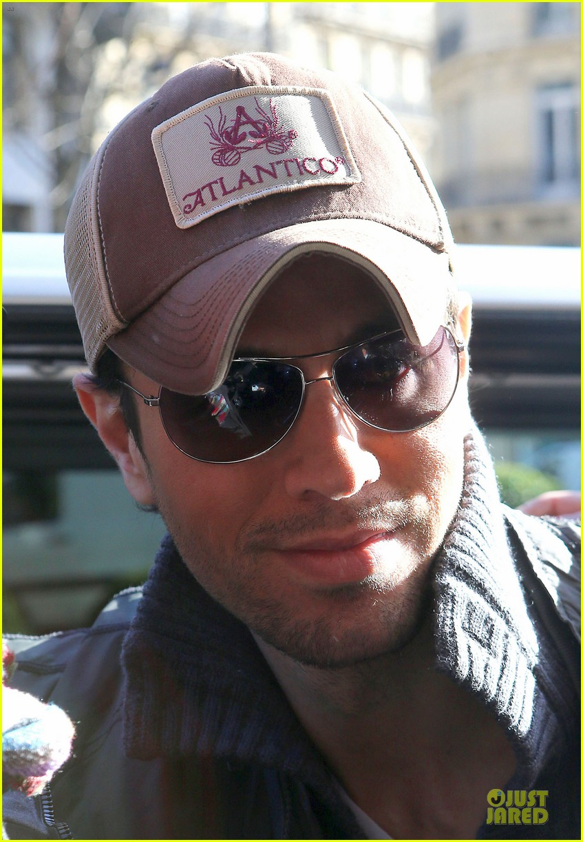 enrique iglesias im giving away my im a freak glasses 043047148