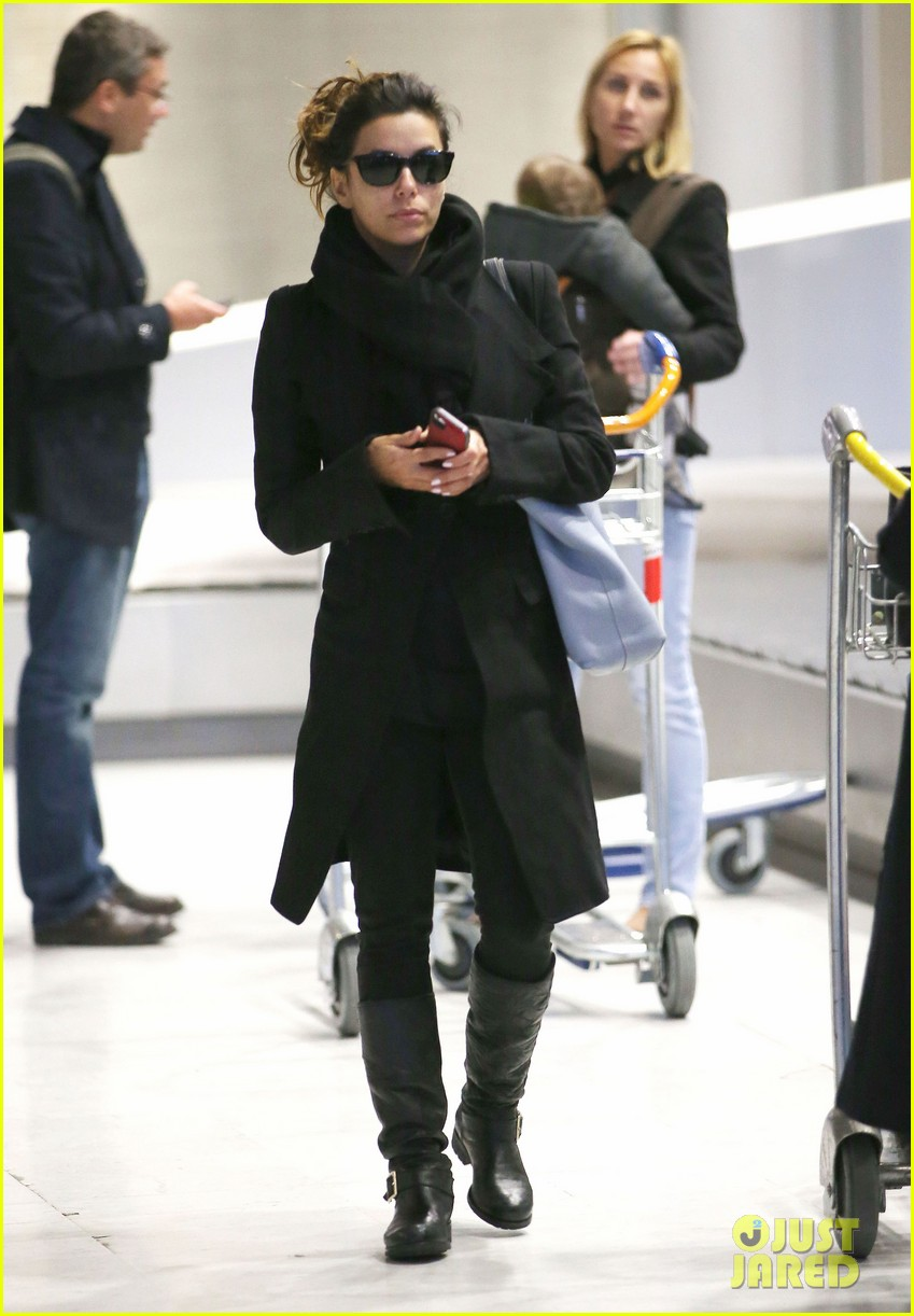 eva longoria arrives in france for loreal paris shoot 033047495