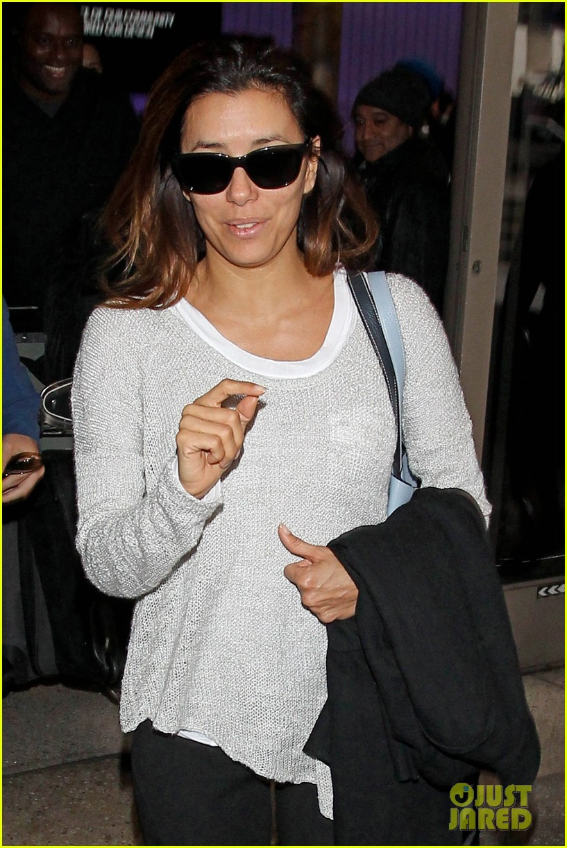 eva longoria back home after quick paris trip 09