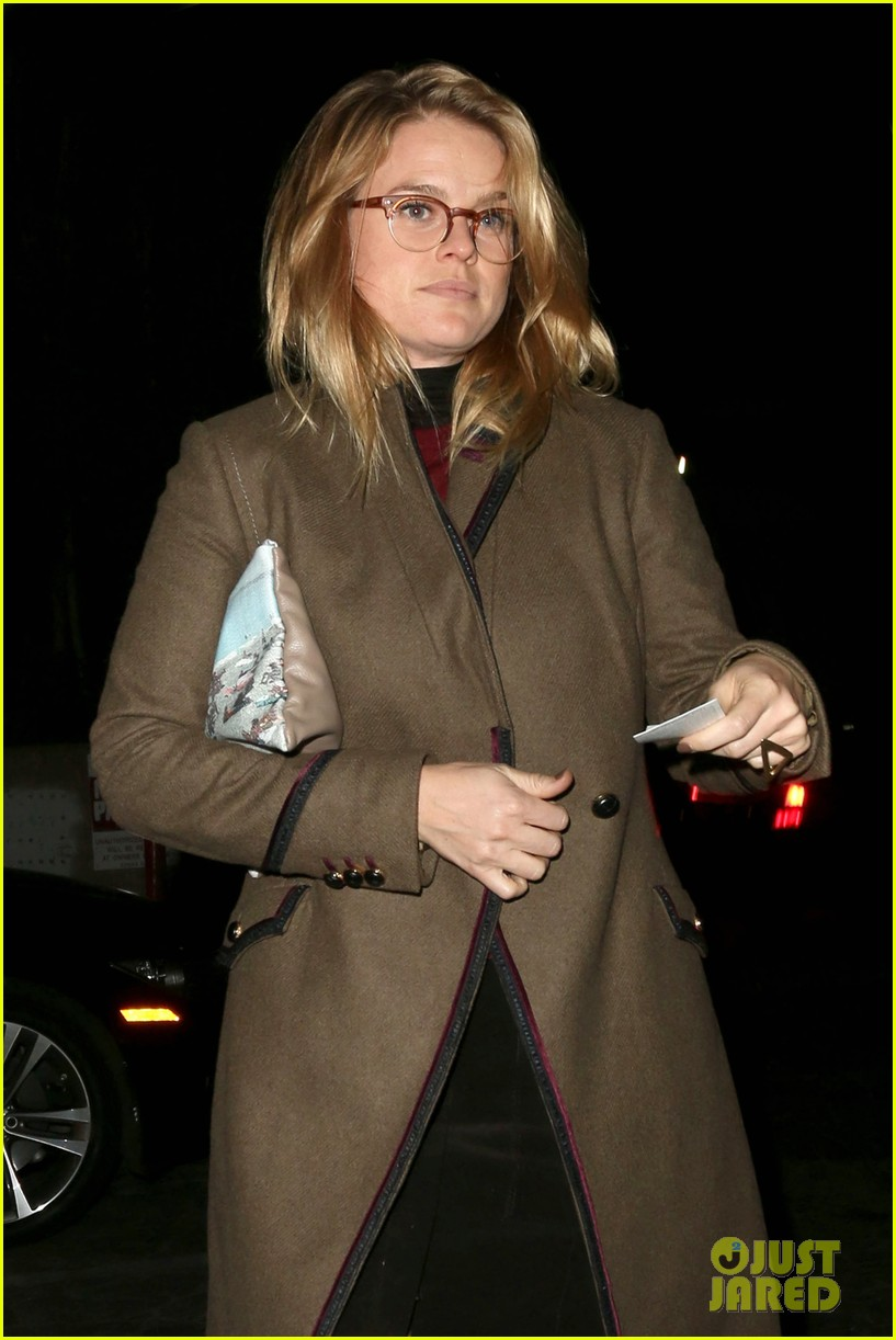 alice eve hugs her mystery male goodbye after lunch 063057919