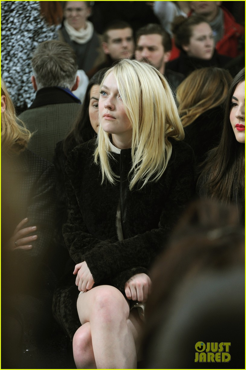 dakota fanning covers up at proenza schouler fashion show 043052475