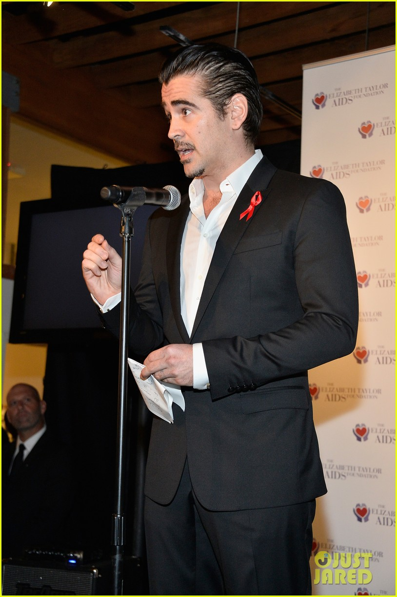 katharine mcphee colin farrell elizabeth taylor aids foundation art auction 04