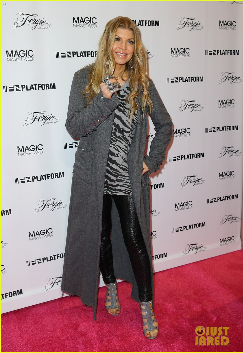 fergie says hubby josh duhamel is the dad of the year 063056525