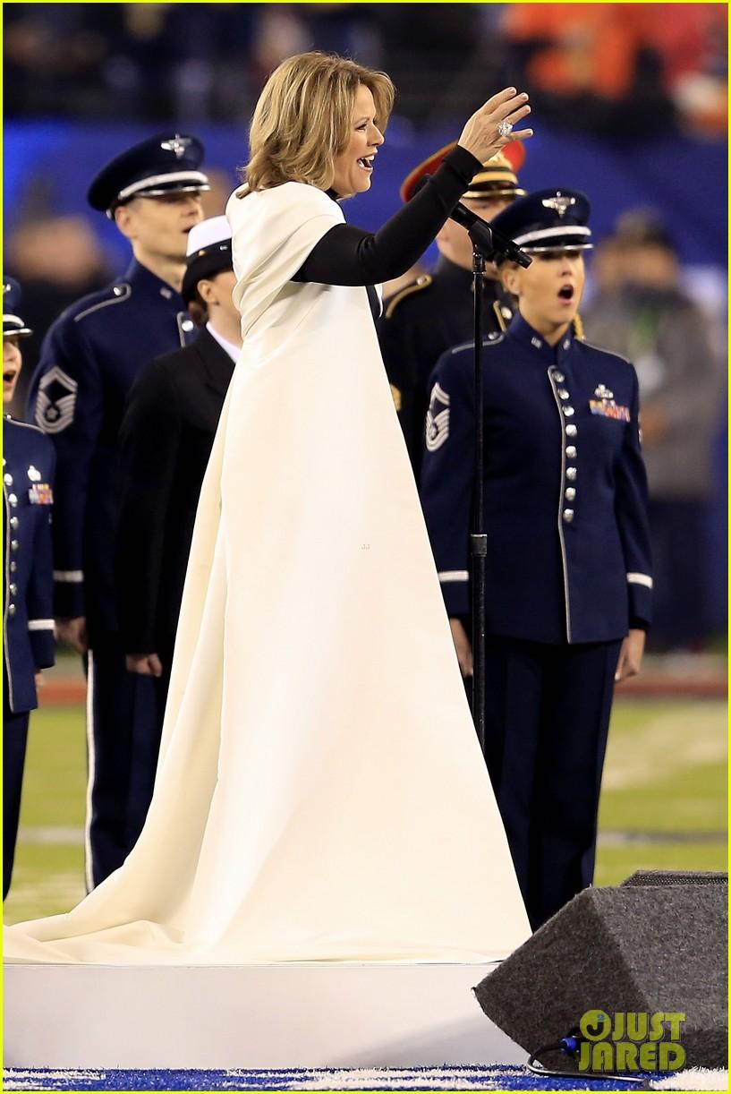 opera singer renee fleming sings national anthem at super bowl 2014 video watch now 033046554