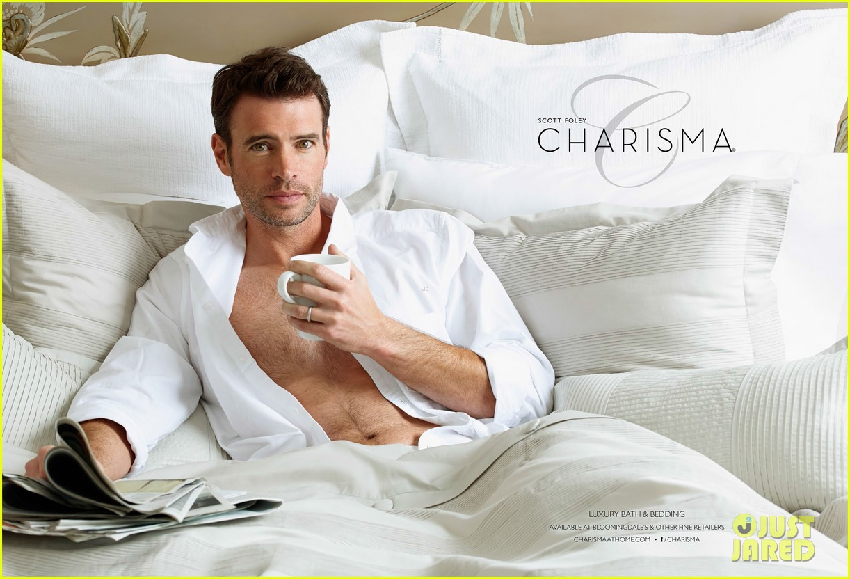 scott foley is super hunky goes shirtless in a towel for charisma 013060324