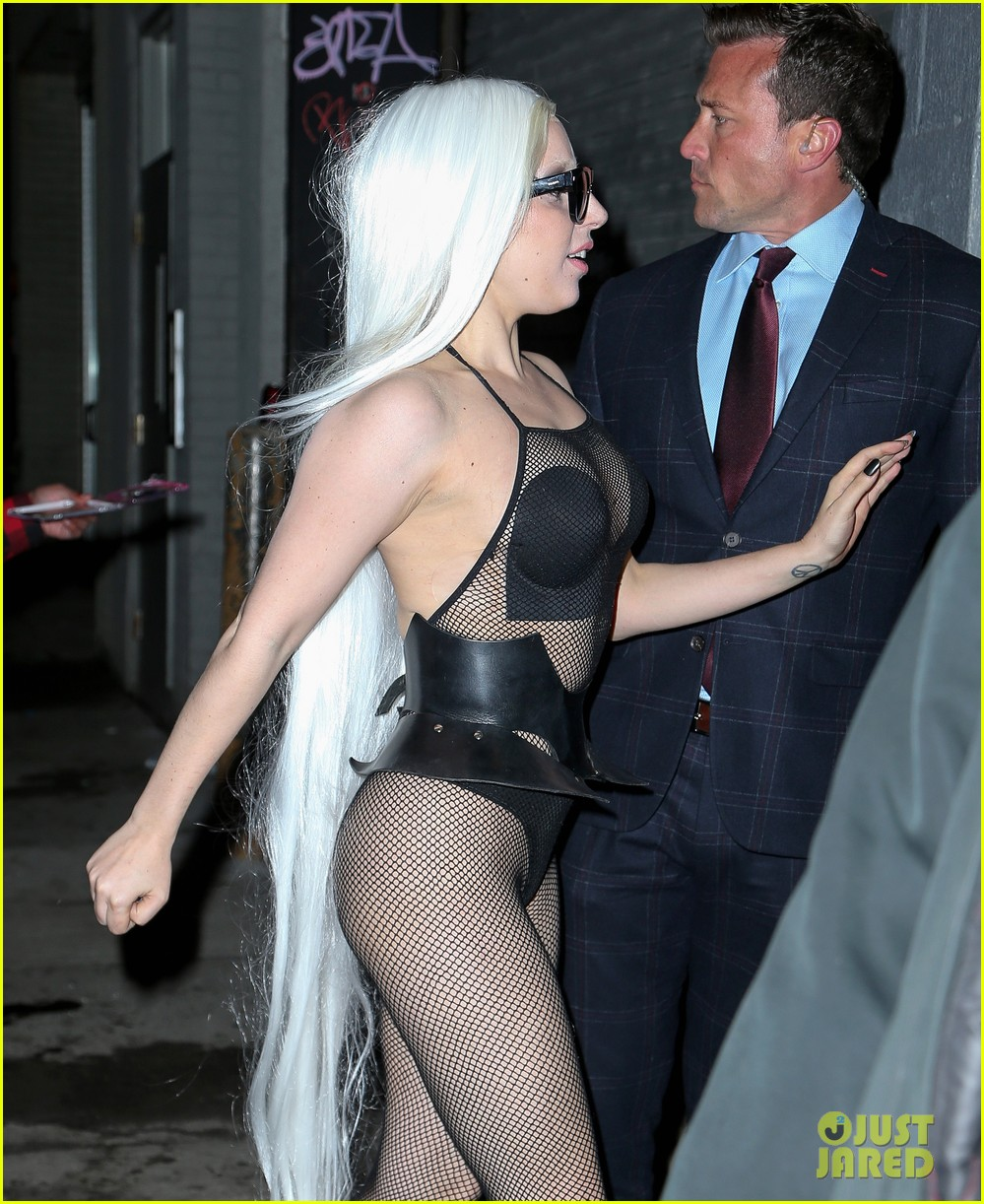 lady gaga wears almost nothing in freezing new york weather 163055347